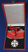 THIRD REICH CASED 1ST CLASS EAGLE ORDER MEDAL.