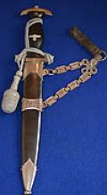 SS CHAINED OFFICERS DAGGER 1936 MODEL WITH SILVER KNOT AND BELT LOOP.